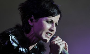 untold-truth-cranberries-singer-dolores-oriordan