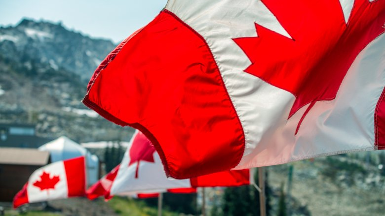 12 things you should never do in Canada
