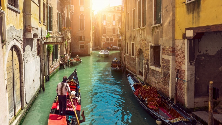 canals venice