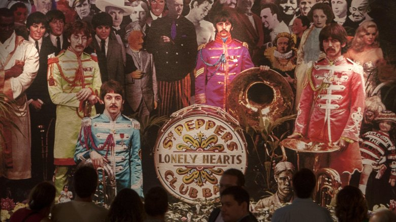 beatles sgt peppers lonely heart club band