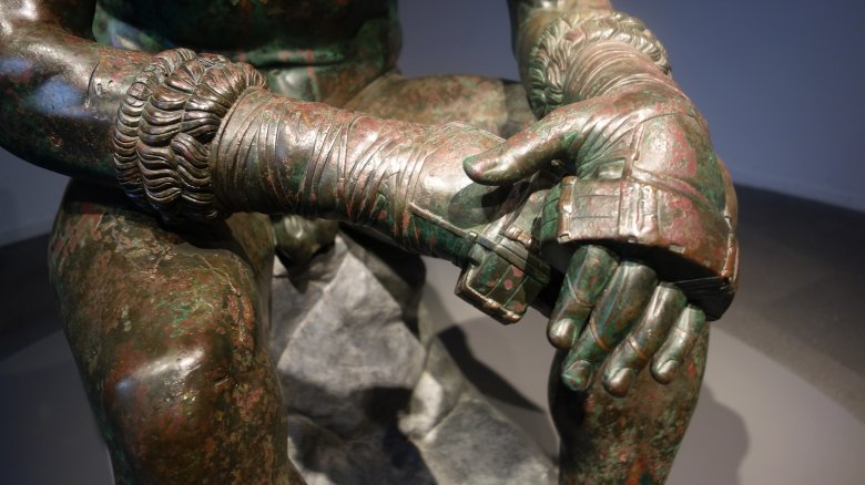 Roman boxing gloves