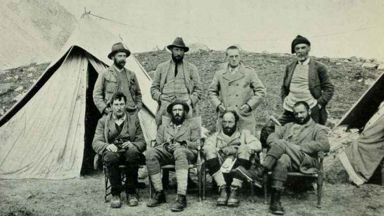 Mount Everest expedition members