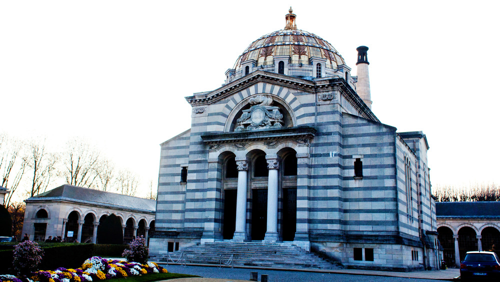 Pere Lachaise crematorium with colorful dome