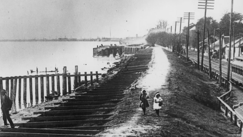 The Great 1927 Flood